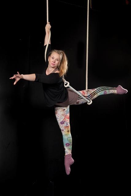 Elina Jääski : Sirkuslinjan opettaja