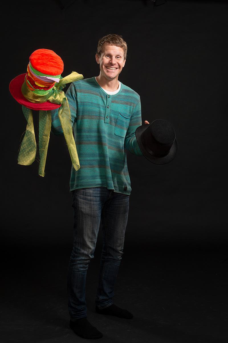 Tomi Välimaa : Teatterilinjan opettaja